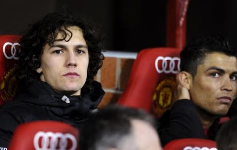NÓNG: Công Vinh chiêu mộ thành công cựu cầu thủ Man United