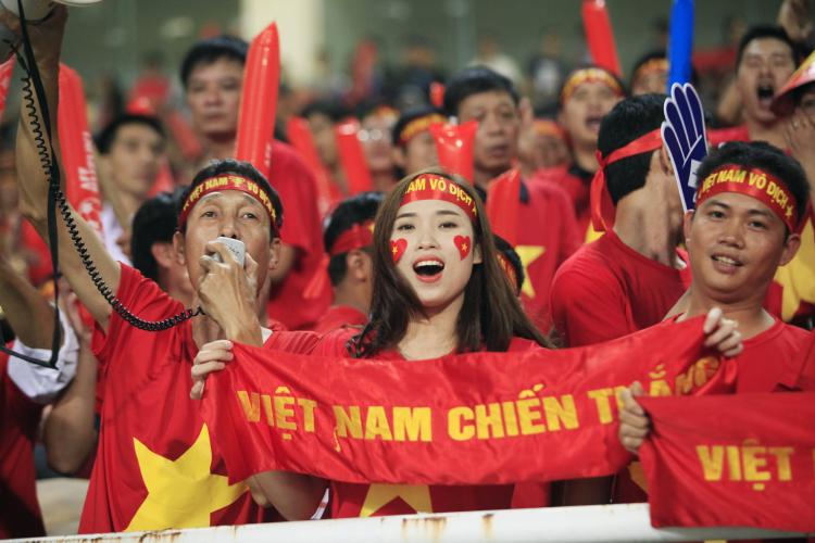Đi Trung Quốc xem U23 Việt Nam đá chung kết bằng cách nào?