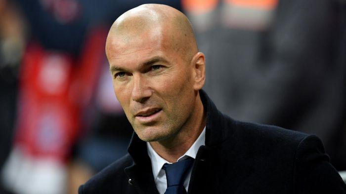 CHÍNH THỨC: Zidane gia hạn hợp đồng với Real Madrid