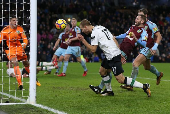 Klavan hóa người hùng, Liverpool giành thắng lợi ở phút 90+4