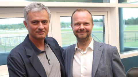 Với MU, nếu tiếp tục chiều chuộng Mourinho sẽ là tự sát