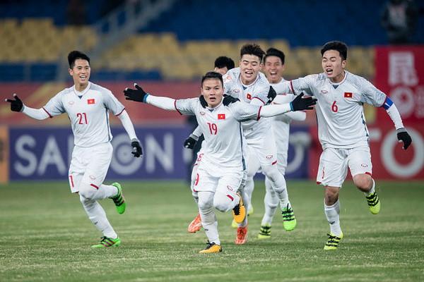 Nghịch cảnh càng lớn, chiến thắng của U23 Việt Nam càng phi thường