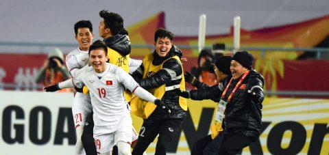 Chuyên gia Việt Nam đấu khẩu với nhà báo của Fox Sport vì U23 Việt Nam