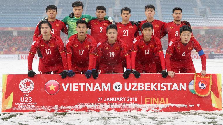 """Bóng đá Việt Nam: """"Đi một ngày đàng, học một sàng khôn!"""""""