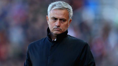 Điểm tin sáng 14/01: Mourinho nắn gân học trò; Kane hay nhất Tottenham