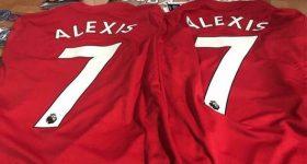 NÓNG: Áo số 7 của Sanchez ở Man Utd đã được bày bán