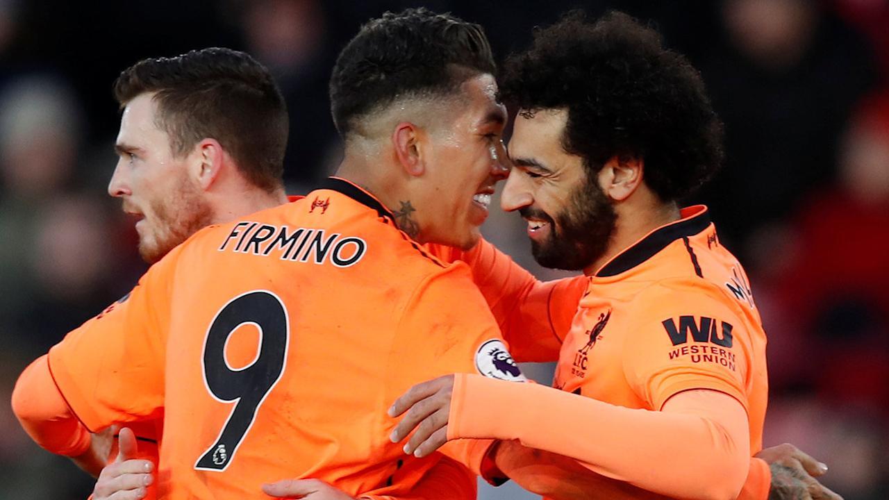 Salah và Firmino cùng tỏa sáng, Liverpool thắng dễ tại St Mary's