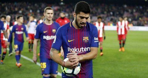 """Luis Suarez cố tình ra sức phạm lỗi để """"tẩy thẻ"""" trước đại chiến"""