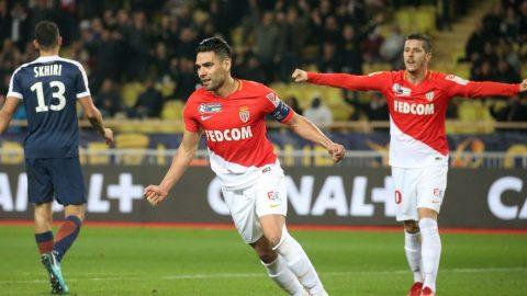 Falcao lập cú đúp, Monaco gặp lại PSG ở chung kết cúp Liên đoàn