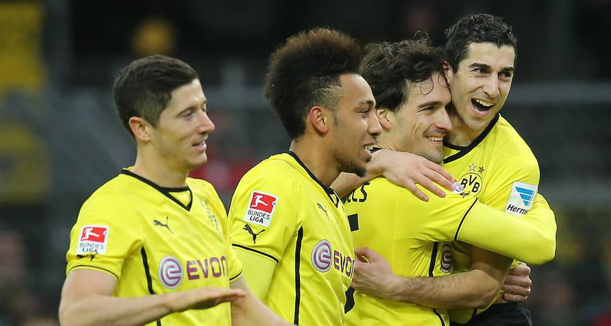 Dortmund sẽ mạnh thế nào nếu không bán trụ cột?