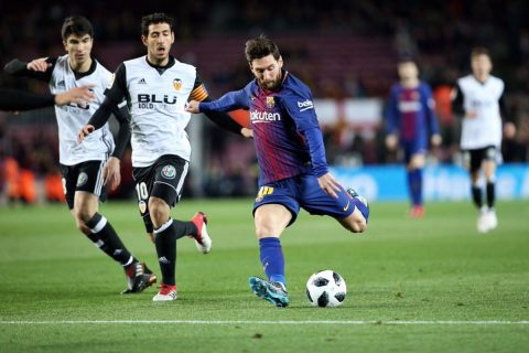 """Suarez nổ súng, Barca hạ bầy dơi """"đặt gạch"""" vào trận chung kết"""