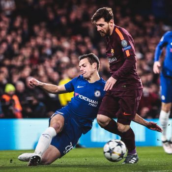 Messi go hoa cho barca