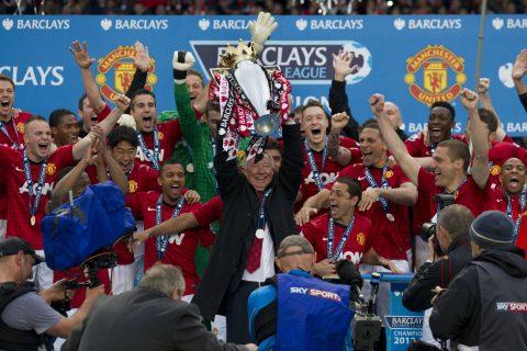 Nhìn lại Top 10 lần đăng quang 'dễ không tưởng' tại Ngoại hạng Anh