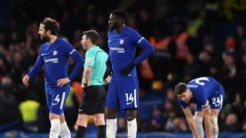 ĐKVĐ Chelsea bất ngờ thảm bại trong ngày đón Giroud