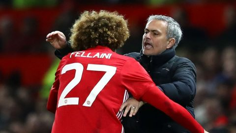 """Mourinho: """"Cậu ngậm miệng lại rồi ký hợp đồng mới đi Fellaini!"""""""