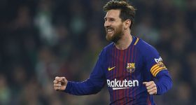 """Messi đã """"xé lưới"""" bao nhiêu CLB trong sự nghiệp?"""