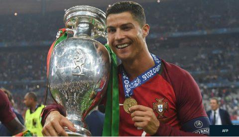 Tuổi 33 của Ronaldo và giấc mơ World Cup còn dang dở
