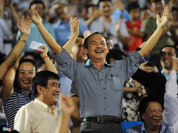 Vì bóng đá Việt Nam, bầu Đức hãy ứng cử Chủ tịch VFF!