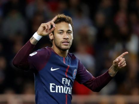 Neymar nói gì khi người PSG công kích lẫn nhau?