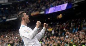 33 tuổi, tháng năm rực rỡ và Cristiano Ronaldo