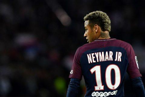 Hết tham vọng ở PSG, Neymar sẵn sàng đến Real?