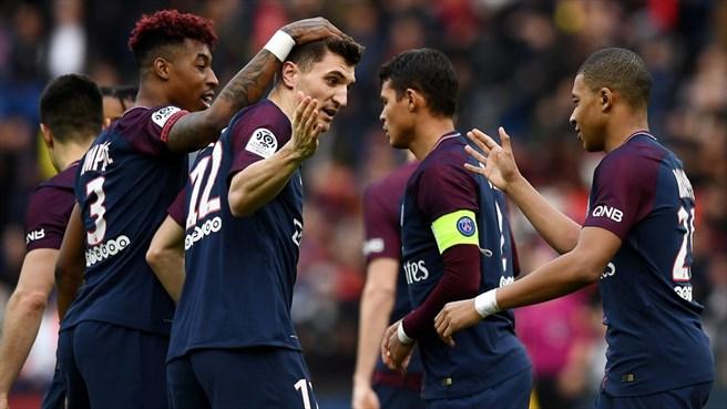 Vùi dập nhược tiểu, PSG gột rửa nỗi buồn Champions League