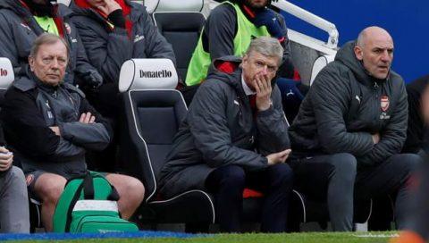 """5 điểm nhấn Brighton 2-1 Arsenal: Học trò """"phá hoại""""; Ông Giáo bất lực"""