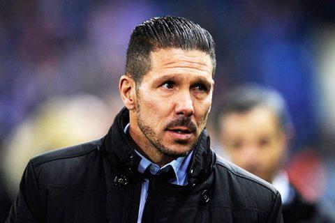 """HLV Diego Simeone """"xát muối"""" vào lòng giới chủ và CĐV Paris Saint Germain"""