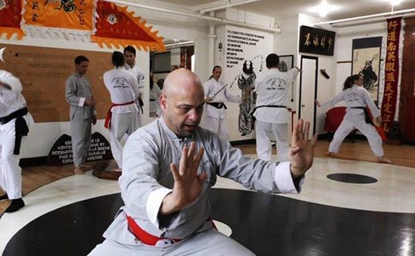 Pierre Flores chấp nhận đấu nam vương boxing Việt Nam, không cần chấp dùng chân
