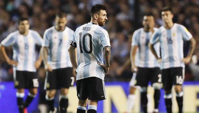 Hàng tá sao trong đội hình, nhưng sao Argentina không tỏa sáng