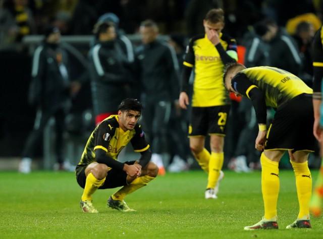 Borrusia Dortmund ngã ngựa sấp mặt trước đội bóng vô danh
