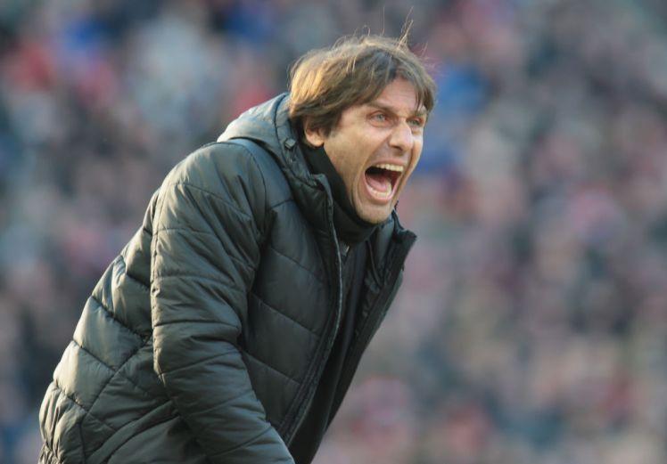 PSG xây đội hình trong mơ:  Đem Conte và 3 'trò cưng' đến Paris?