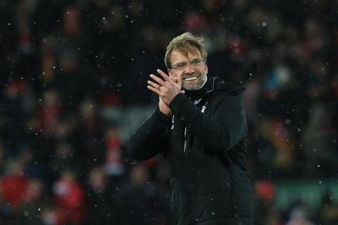 """Thả thính """"Hùm xám"""" Bayern, Klopp khiến Liverpool lo sốt vó"""