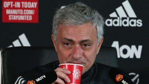 """Họp báo trước """"đại chiến"""" Liverpool, Mourinho nói gì?"""
