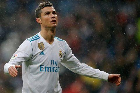 """NÓNG: Quỷ đỏ được đại gia """"chống lưng"""" vụ chiêu mộ Ronaldo"""