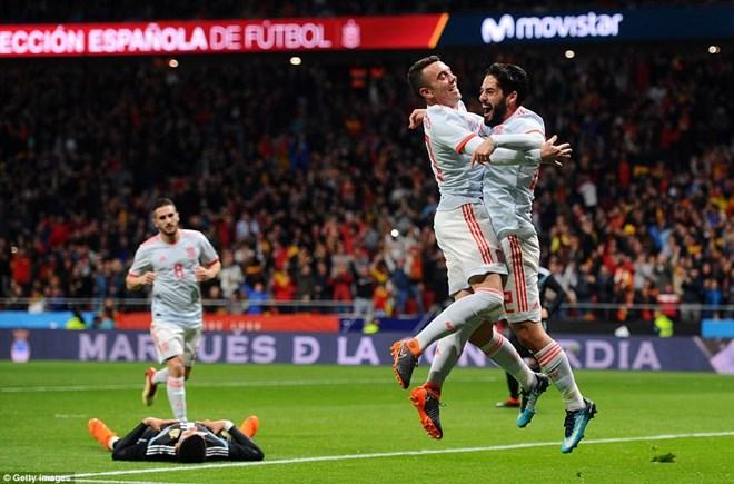 Tuyển Argentina thua sốc với tỷ số của 1 set tennis trước tuyển Tây Ban Nha