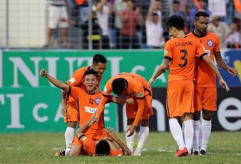 Vòng 4 V-League 2018: Đương kim vô địch tan nát