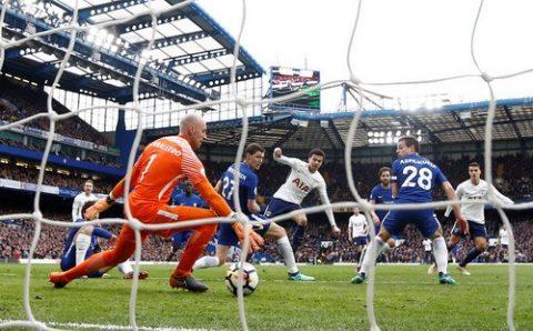 Thua thảm Tottenham, Chelsea hết đường vào top 4