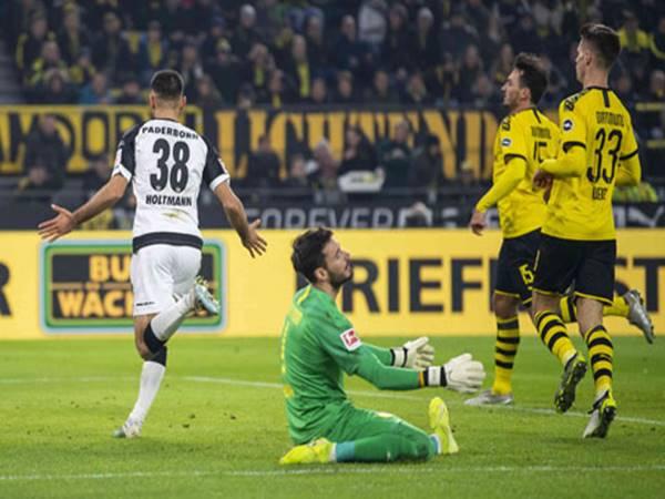 Hòa Paderborn, Dortmund lại gây thất vọng