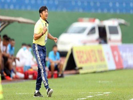 Tin bóng đá 18/3: SHB Đà Nẵng chốt người thay thế Đức Chinh