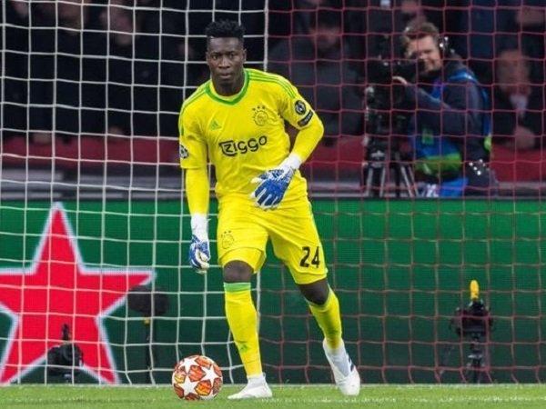 """Chuyển nhượng sáng 16/4: Thủ môn Ajax lên tiếng """"thả thính"""" Barca"""