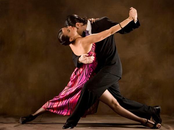 Chiêm bao thấy khiêu vũ có những ý nghĩa gì đặc biệt?