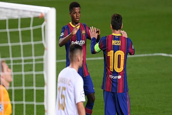 Bóng đá quốc tế sáng 21/10: Messi & Fati lập kỷ lục ở Champions League