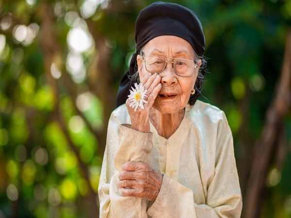 Nằm mơ thấy bà nội có điềm báo gì, đánh con gì ăn chắc
