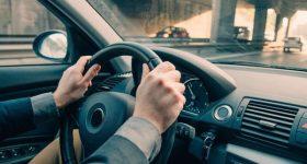 Mơ lái xe ô tô là điềm dữ hay lành? Đánh con gì vào bờ?